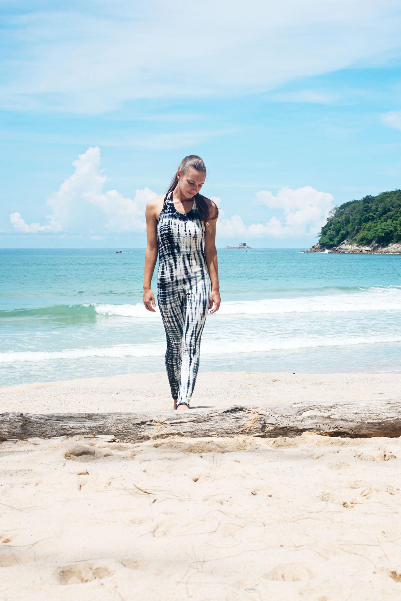 Reversed Worrior Walking Omlala Yoga Tie Dye Jumpsuit Legging Phuket